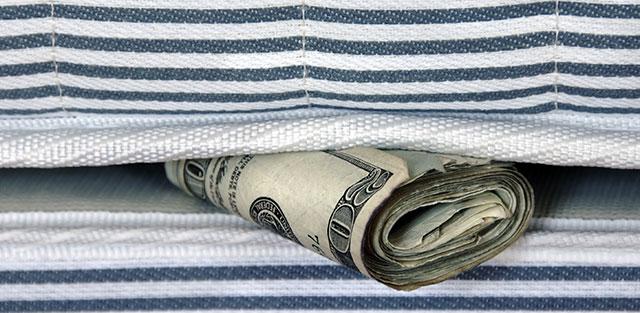 L'argent sous le matelas, un grand classique de la fraude